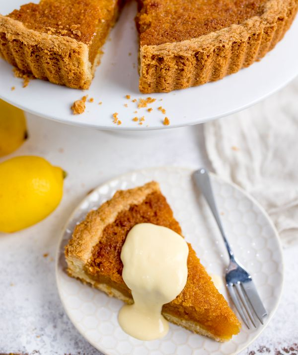 Treacle Tart With Homemade Custard Neff Uk